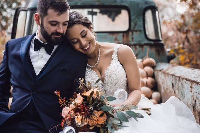 Things Needed To Check Before Hiring Wedding Photographer
