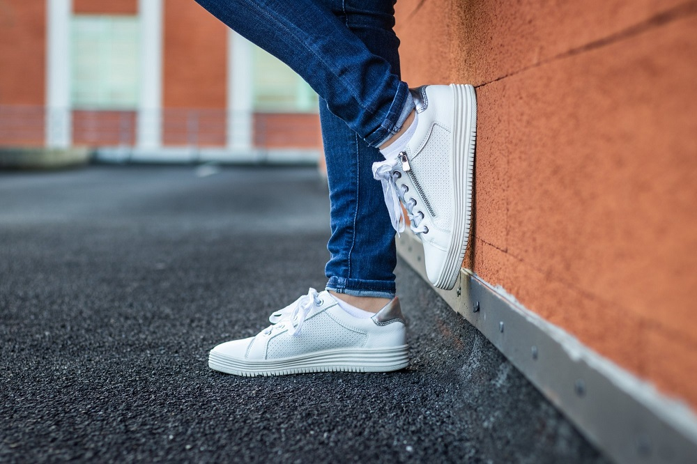 Different Types Of White Sneakers Every Fashion Freak Must Own