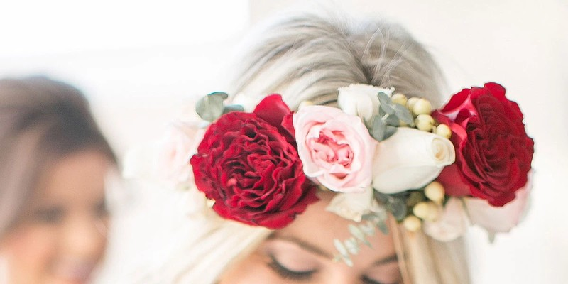 Best tips to follow to use  Flower as a Crown for festive season